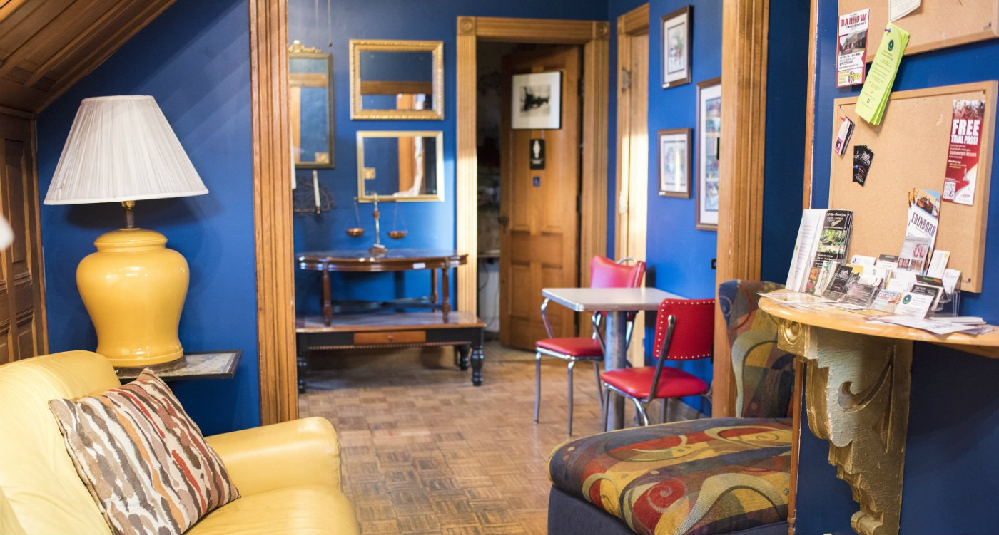 5 Ways to Renovate your Home with Blue