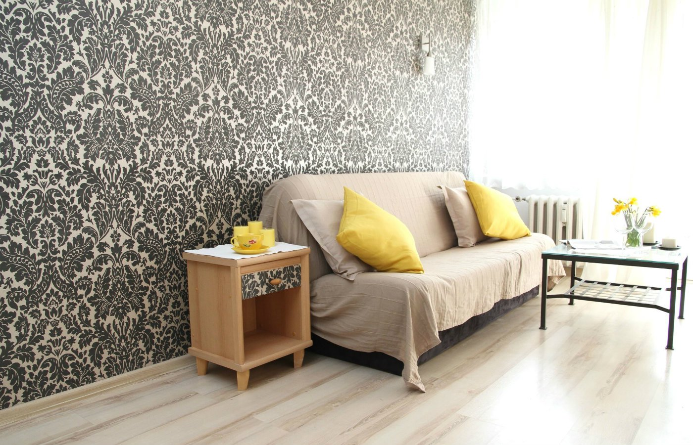 Can I Hang Wallpaper over an Existing Layer of Wallpaper.jpg