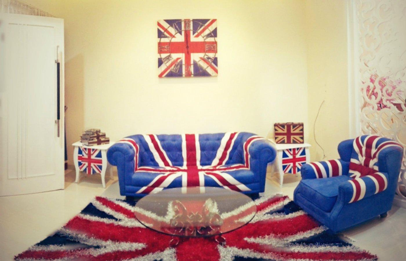 Decor Union Jack home interior .jpg