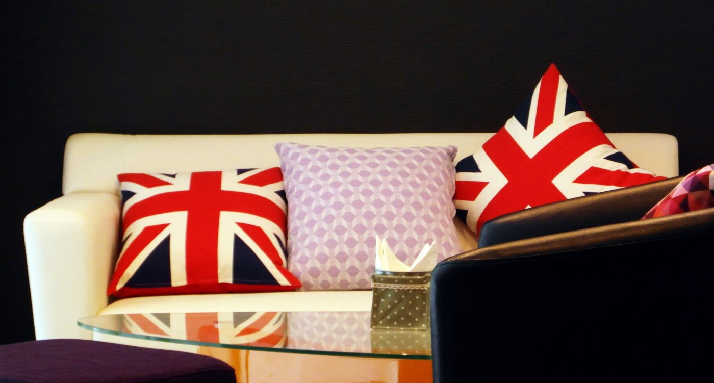 Decorator Union Jack Home Decor.jpg