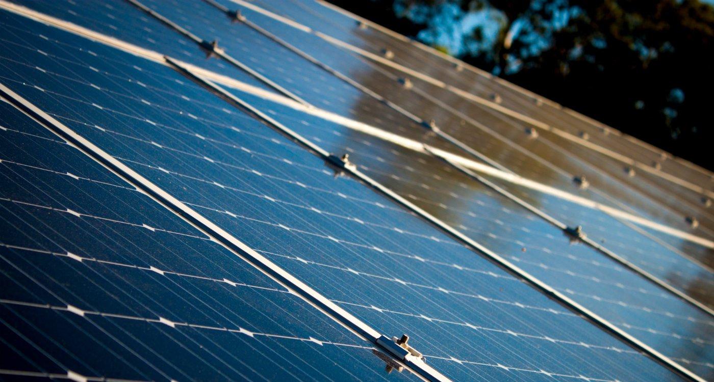 Disadvantages of Solar Panels advantages.jpg
