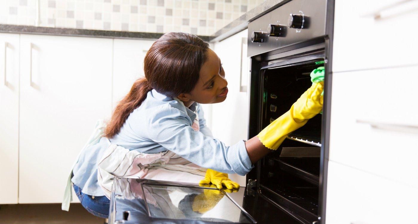 End of tenancy cleaning cleaner landlord deposit london.jpg