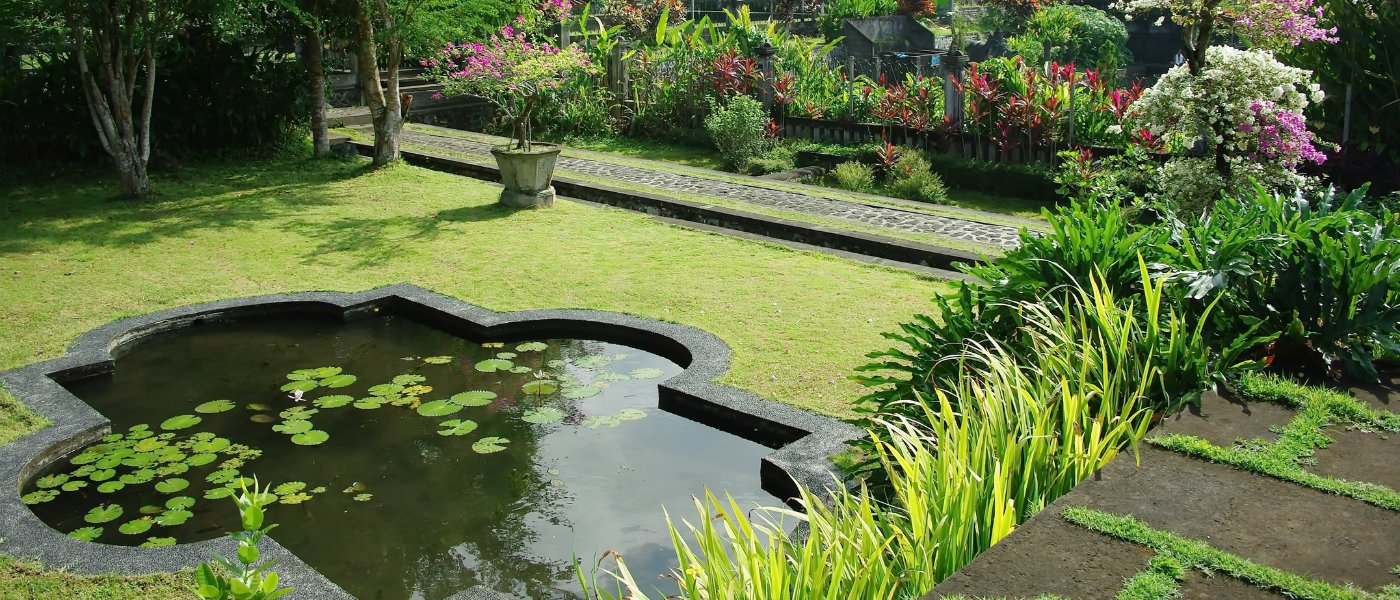 Garden water features.jpg