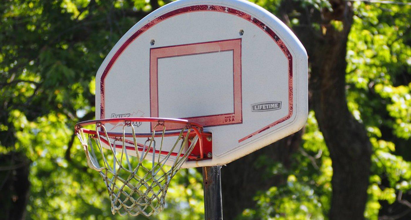Installing_basketball_hoop_handyman.original.jpg