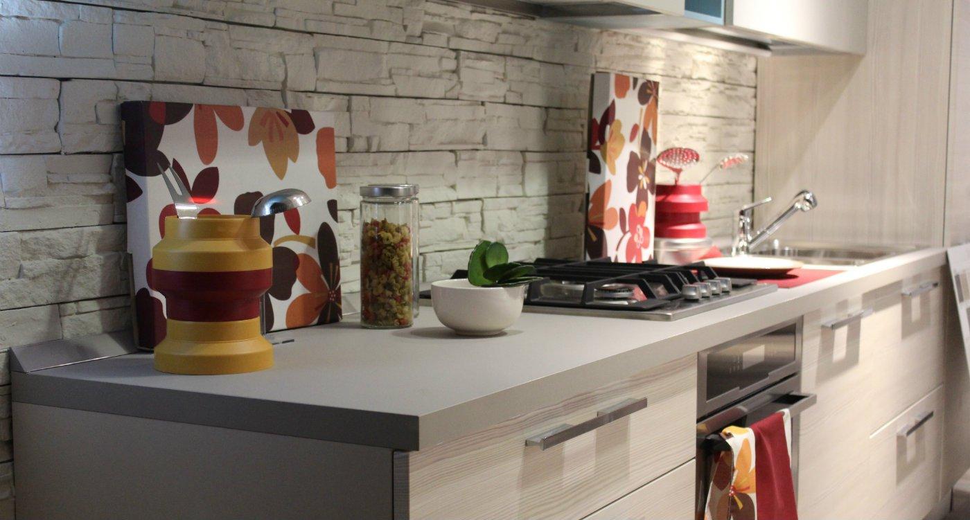 Small kitchen fitter budget designer decorator.jpg
